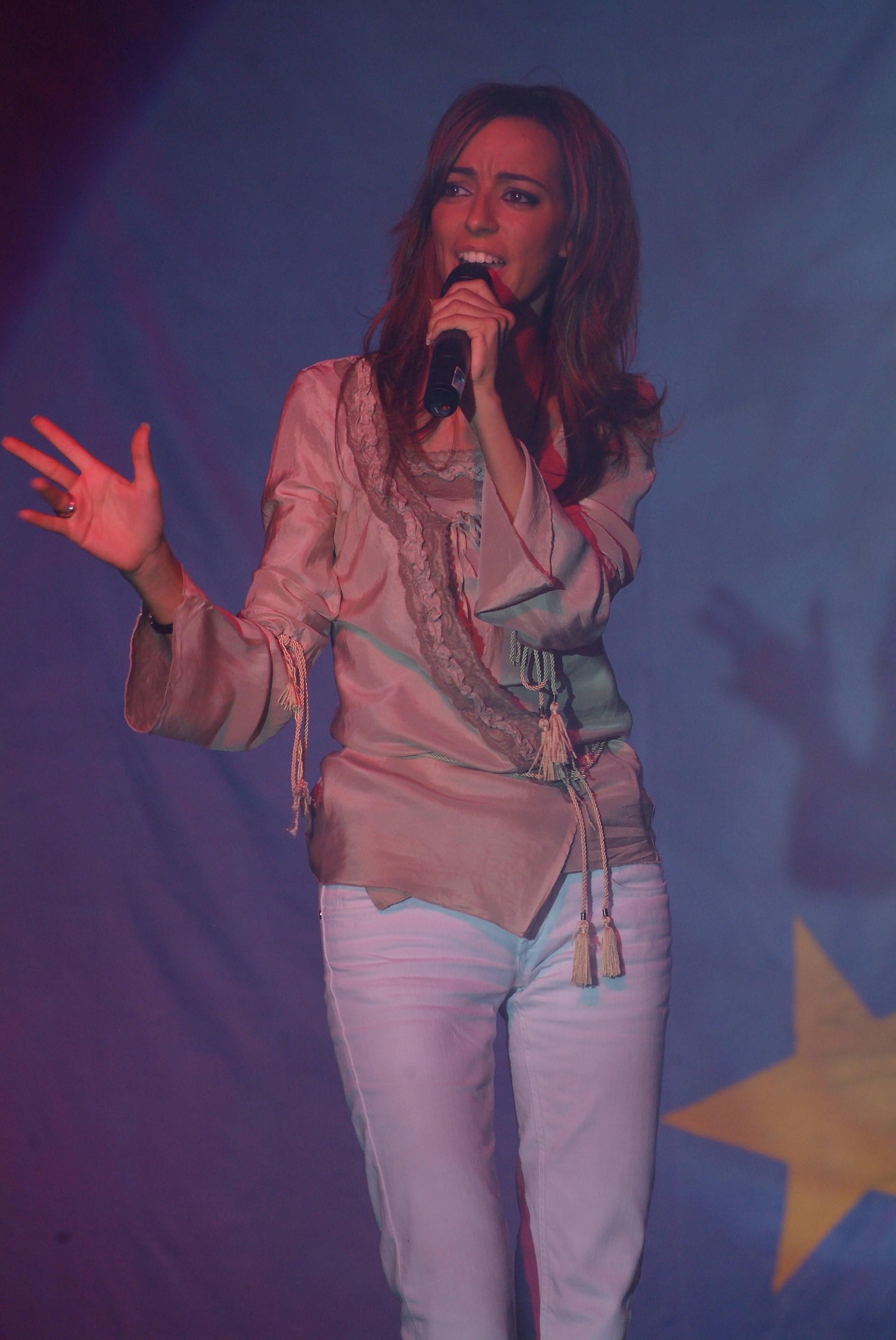 Miss Universe 168- musica dal vivo - Valentina Mey