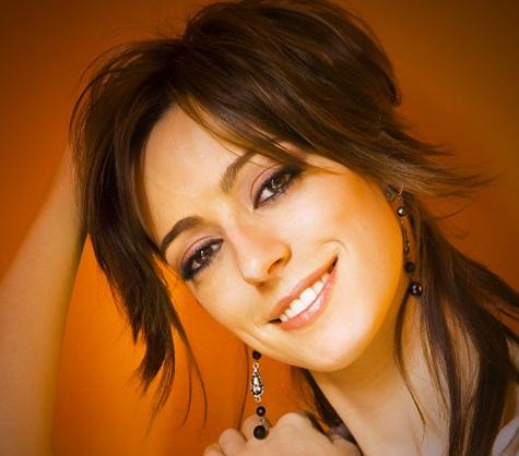 Intrattenimento Musicale Musica per festa, Cena aziendale, feste private, Convention. Cantante per eventi VArese Valentina Mey singer